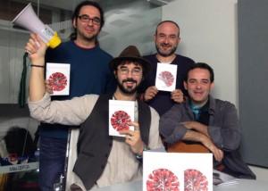 Manolo Copé y otros artístas que participan en el Disco Sta María de los Indignados